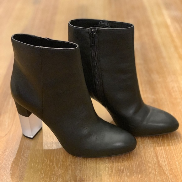 3cea26856c3132 Enzo Angioloni Hadie Leather Block Heeled Bootie